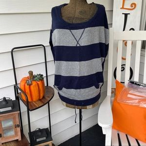 Excellent Condition American Eagle Sweater